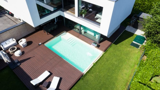 Exterior,Modern,White,Villa,With,Pool,And,Garden,,Nobody,Inside